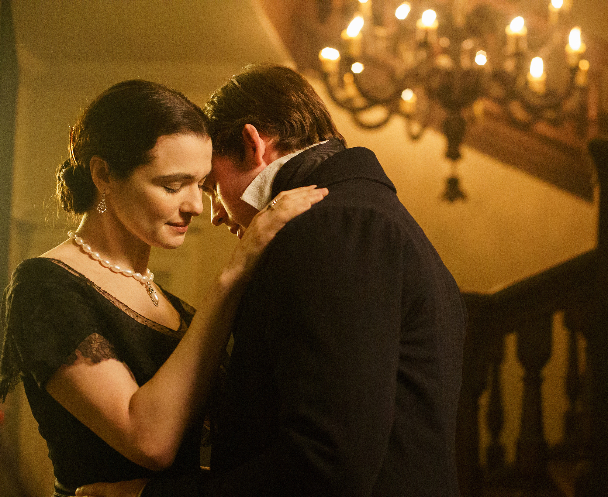 A Dark And Layered Romance My Cousin Rachel Tells The Story Of A Young Englishman Who Plots Revenge Against His Mysterious And Beautiful Cousin